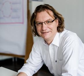 Michael Kraack von der emcra GmbH ist Experte für EU-Fördermittel