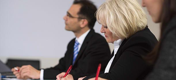 Führungskräfteentwicklung mit dem Assessment-Center vom geva-institut für Führungs- und Fachkräfte
